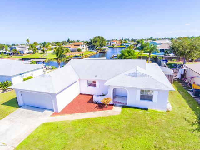 2165 Porpoise Street, Merritt Island, FL 32952 (MLS #829975) :: Premium Properties Real Estate Services