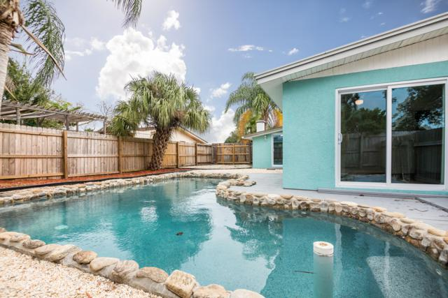 1834 Orangewood Drive, Melbourne, FL 32935 (MLS #829982) :: Platinum Group / Keller Williams Realty