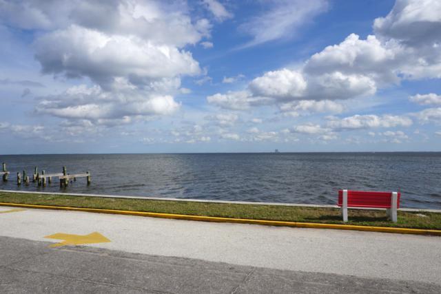 190 E Olmstead Drive E-3, Titusville, FL 32780 (MLS #831139) :: Pamela Myers Realty