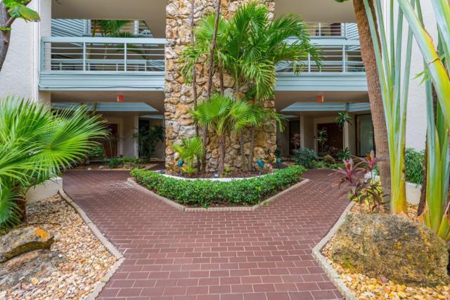 700 Wavecrest Avenue #305, Indialantic, FL 32903 (MLS #832023) :: Pamela Myers Realty