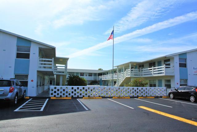215 Circle Drive #4, Cape Canaveral, FL 32920 (MLS #833582) :: Premium Properties Real Estate Services