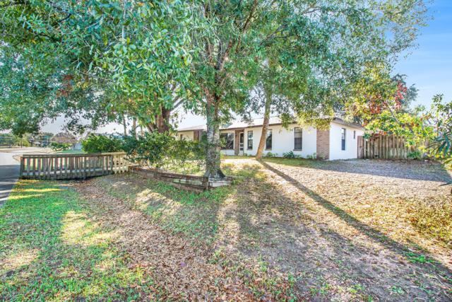 836 Emerson Drive NE, Palm Bay, FL 32907 (MLS #834356) :: Platinum Group / Keller Williams Realty