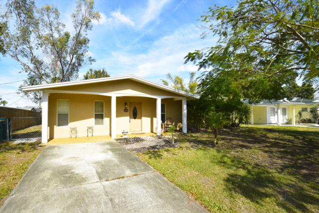 2802 Choctaw Drive, Melbourne, FL 32935 (MLS #834613) :: Pamela Myers Realty