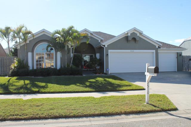 2510 Island Crossing Way, Merritt Island, FL 32952 (MLS #834649) :: Platinum Group / Keller Williams Realty