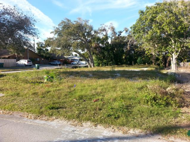302 Pierce Avenue, Cape Canaveral, FL 32920 (MLS #834683) :: Premium Properties Real Estate Services