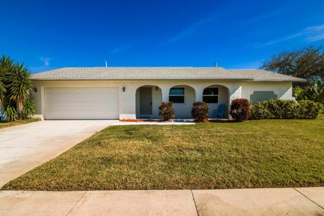 565 Dogwood Drive, Satellite Beach, FL 32937 (MLS #834693) :: Platinum Group / Keller Williams Realty