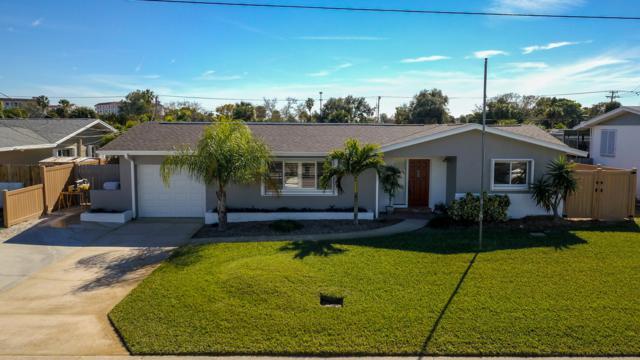 415 Needle Boulevard, Merritt Island, FL 32953 (MLS #834761) :: Coral C's Realty LLC