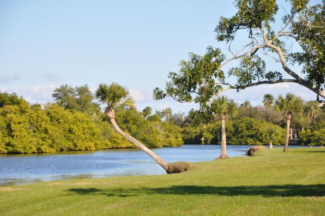 2800 Indian River Boulevard # L-4, Vero Beach, FL 32960 (MLS #837444) :: Blue Marlin Real Estate