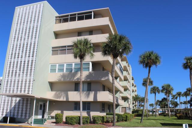 2020 N Atlantic Avenue 302 N, Cocoa Beach, FL 32931 (MLS #840192) :: Blue Marlin Real Estate