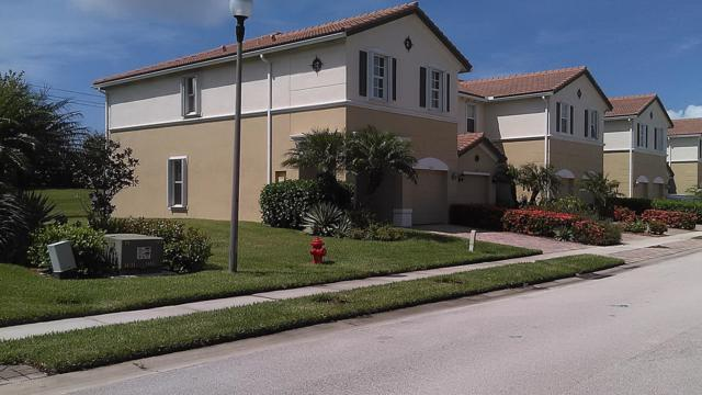319 Versailles Lane #319, Vero Beach, FL 32960 (MLS #847610) :: Premium Properties Real Estate Services