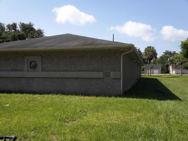 1211 Main Street, Titusville, FL 32796 (MLS #848158) :: Premium Properties Real Estate Services