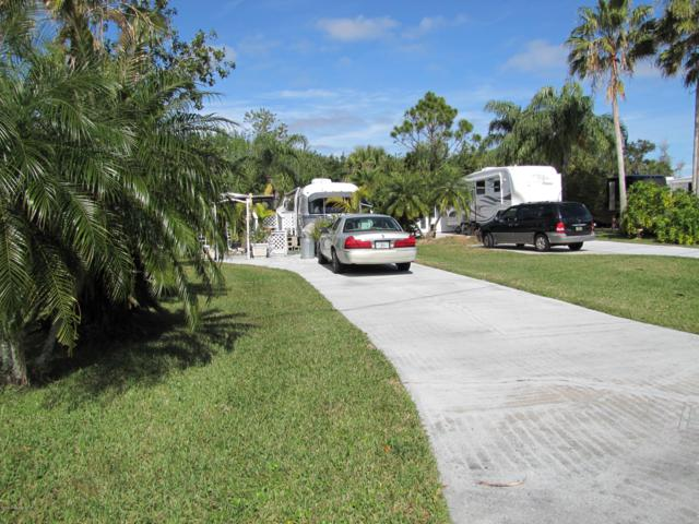 189 Plantation Drive, Titusville, FL 32780 (MLS #851193) :: Pamela Myers Realty