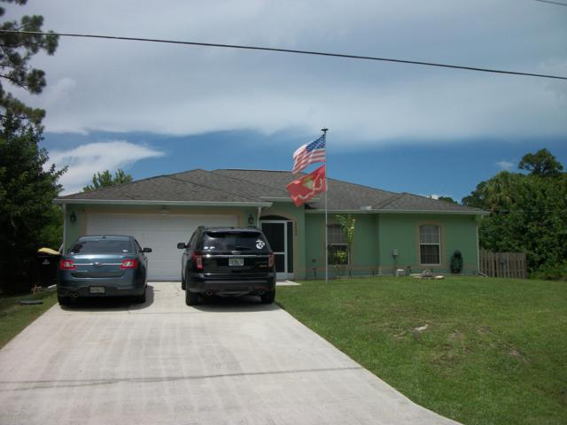 1435 Transcoro Street SE, Palm Bay, FL 32909 (MLS #851224) :: Blue Marlin Real Estate
