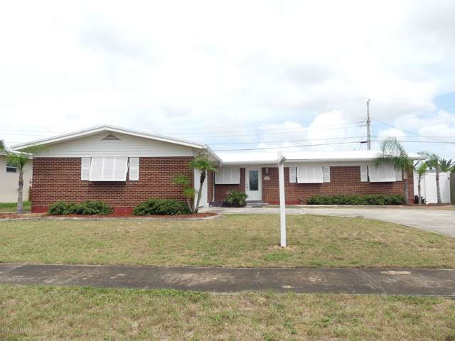 1350 Holt Drive, Merritt Island, FL 32952 (MLS #855542) :: Premium Properties Real Estate Services
