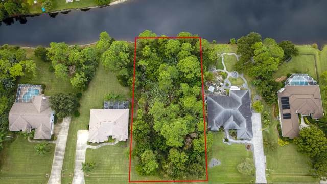 4424 Long Lake Road, Melbourne, FL 32934 (MLS #855543) :: Premium Properties Real Estate Services
