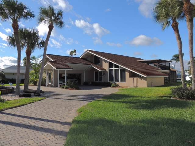 2 Willow Green Drive, Cocoa Beach, FL 32931 (MLS #861102) :: Premium Properties Real Estate Services