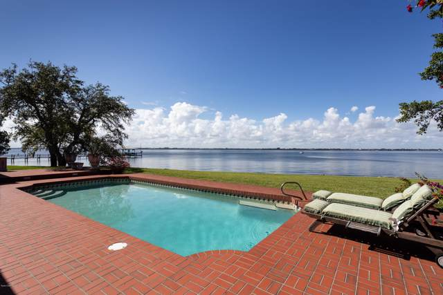 504 4th Avenue, Melbourne Beach, FL 32951 (MLS #862345) :: Premium Properties Real Estate Services