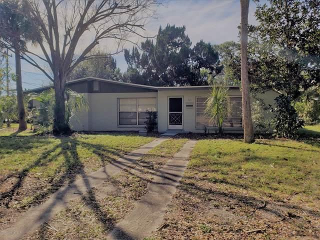 1605 Chaucer Road, Titusville, FL 32780 (MLS #864730) :: Premium Properties Real Estate Services