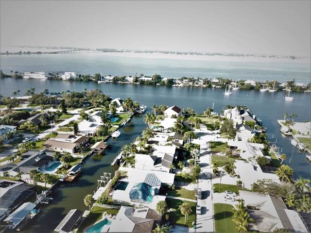 507 Bahama Drive, Indian Harbour Beach, FL 32937 (MLS #865414) :: Premium Properties Real Estate Services