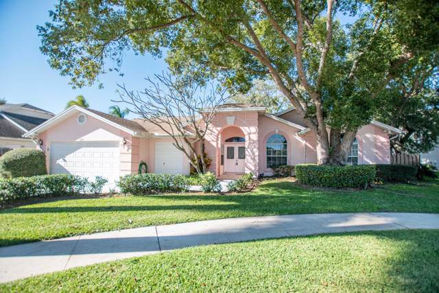 3690 Belle Arbor Circle, Titusville, FL 32780 (MLS #865777) :: Premium Properties Real Estate Services