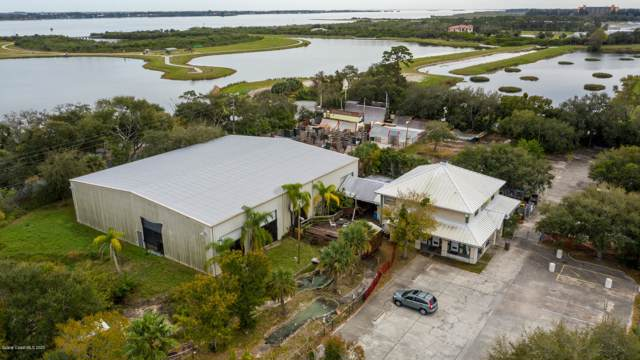 555 Fortenberry Road, Merritt Island, FL 32952 (MLS #866879) :: Engel & Voelkers Melbourne Central