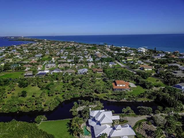 211 Crystal Bay Lane, Melbourne Beach, FL 32951 (MLS #868105) :: Premium Properties Real Estate Services