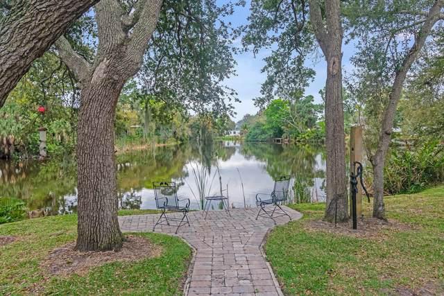 301 E Merritt Avenue, Merritt Island, FL 32953 (MLS #868204) :: Premium Properties Real Estate Services
