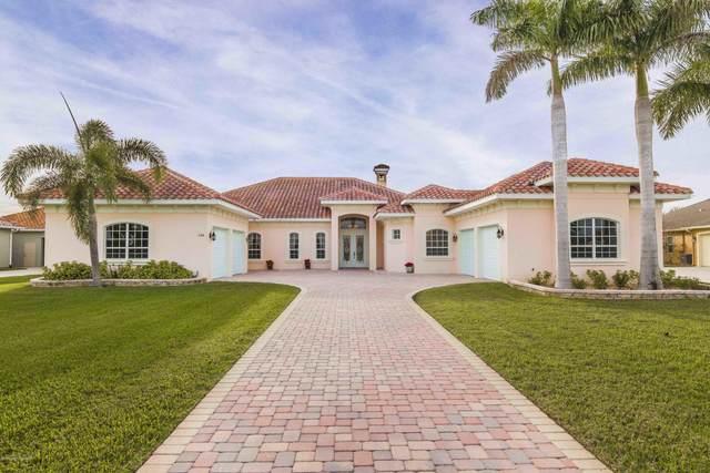 5186 Royal Paddock Way, Merritt Island, FL 32953 (MLS #868464) :: Premium Properties Real Estate Services