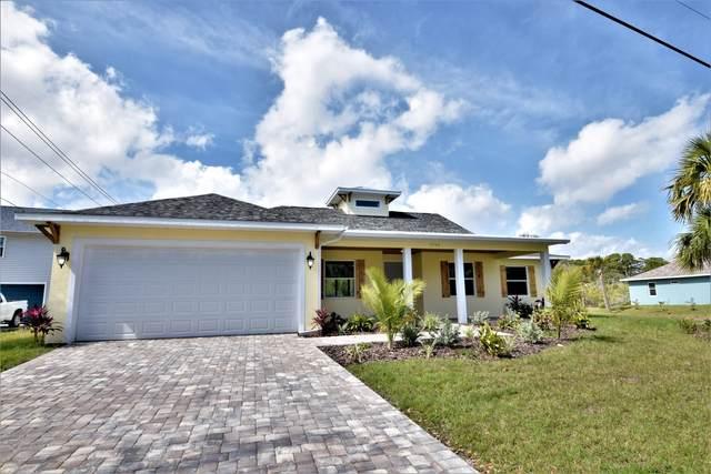 1795 S Banana River Drive, Merritt Island, FL 32952 (MLS #868497) :: Premium Properties Real Estate Services