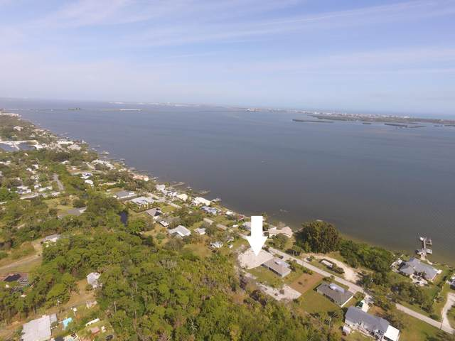 1755 S Banana River Drive, Merritt Island, FL 32952 (MLS #868515) :: Premium Properties Real Estate Services