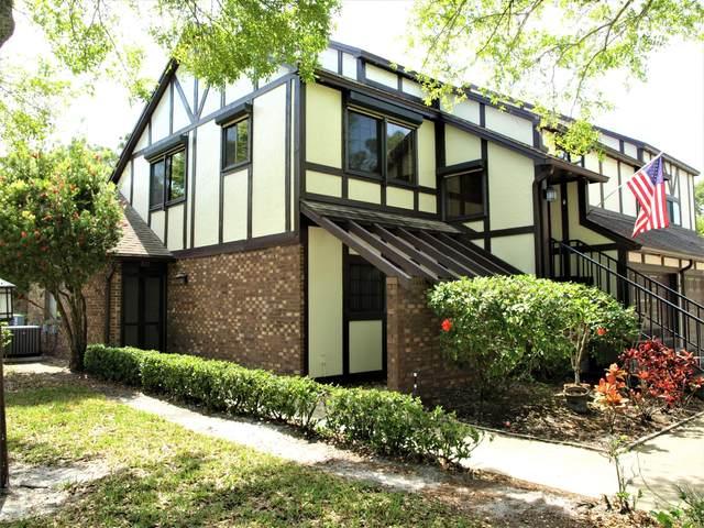 722 Greenwood Manor Circle #19, West Melbourne, FL 32904 (MLS #870042) :: Premium Properties Real Estate Services
