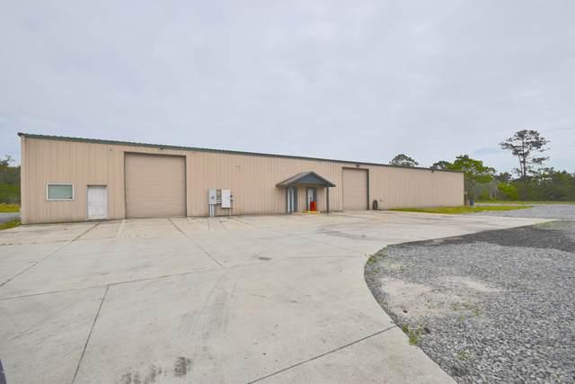 4555 S South Street, Titusville, FL 32780 (MLS #870377) :: Premium Properties Real Estate Services