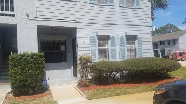 1725 Harrison Street #124, Titusville, FL 32780 (MLS #870785) :: Premium Properties Real Estate Services