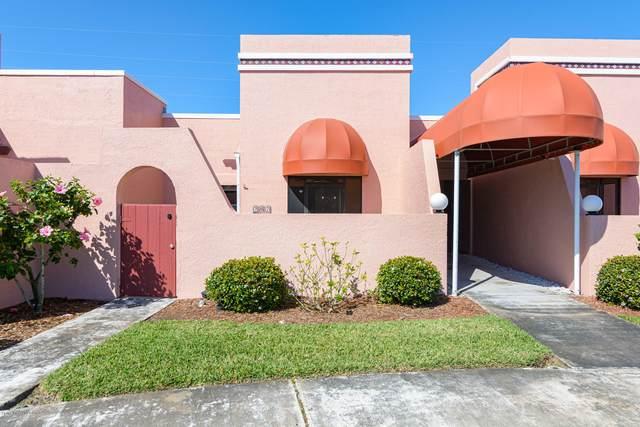 754 S Orlando Avenue #202, Cocoa Beach, FL 32931 (MLS #871492) :: Premium Properties Real Estate Services