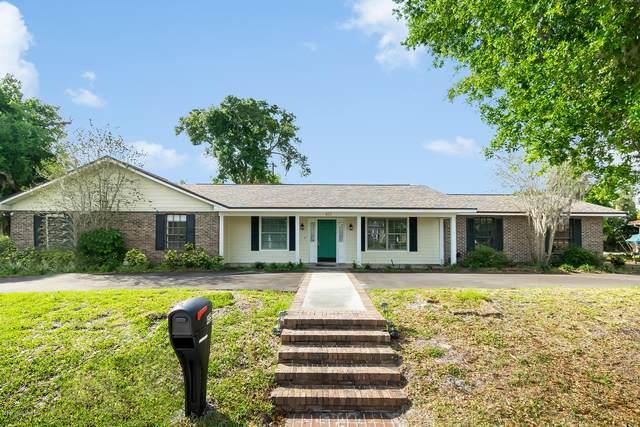 455 Snug Harbor Drive, Merritt Island, FL 32953 (MLS #872008) :: Premium Properties Real Estate Services