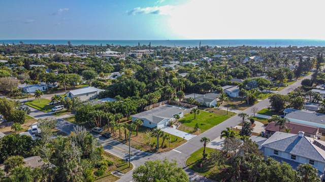 422 3rd Avenue, Melbourne Beach, FL 32951 (MLS #872142) :: Premium Properties Real Estate Services