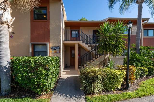 2696 Golf Lake Circle #321, Melbourne, FL 32935 (MLS #872285) :: Dalton Wade Real Estate Group