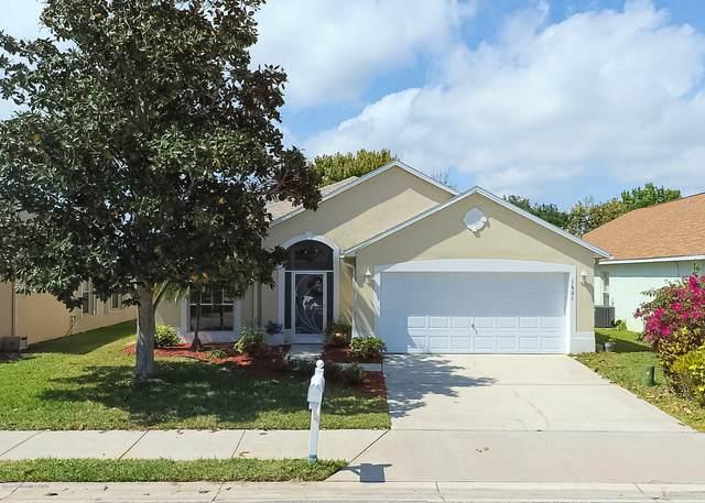 1621 Wekiva Drive, Melbourne, FL 32940 (MLS #872316) :: Blue Marlin Real Estate