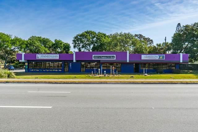 2625 N Harbor City Boulevard N, Melbourne, FL 32935 (MLS #872350) :: Premium Properties Real Estate Services