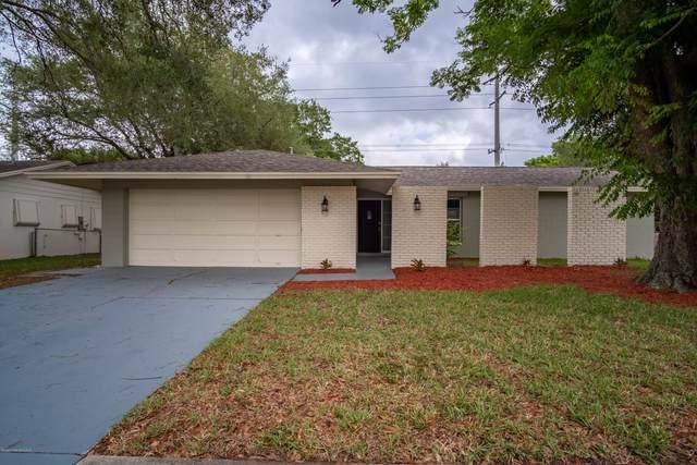2945 Las Palmas Drive, Titusville, FL 32780 (MLS #873953) :: Blue Marlin Real Estate
