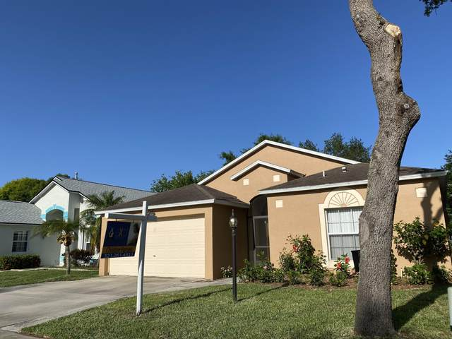 3683 Kestrel Court, Melbourne, FL 32934 (MLS #874428) :: Blue Marlin Real Estate