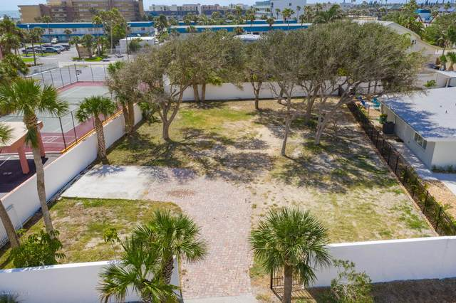203 Barlow Avenue, Cocoa Beach, FL 32931 (MLS #875637) :: Engel & Voelkers Melbourne Central