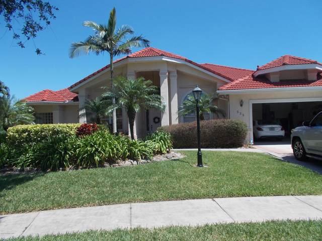 535 Newport Drive, Indialantic, FL 32903 (MLS #875820) :: Premium Properties Real Estate Services