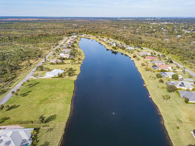 1511 Eagles Circle, Sebastian, FL 32958 (MLS #876158) :: Blue Marlin Real Estate