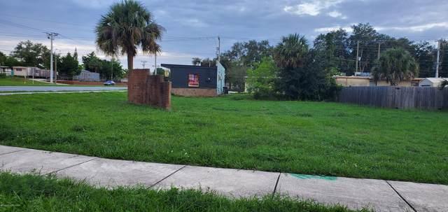 4620 Rosehill Avenue, Titusville, FL 32780 (MLS #876948) :: Premium Properties Real Estate Services