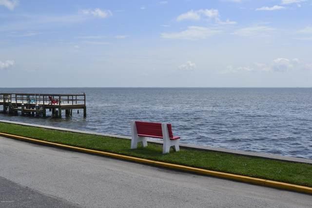 190 E Olmstead Drive B16, Titusville, FL 32780 (MLS #877435) :: Blue Marlin Real Estate