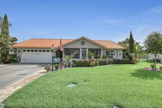 590 Oak Park Circle, Merritt Island, FL 32953 (MLS #879578) :: Premium Properties Real Estate Services