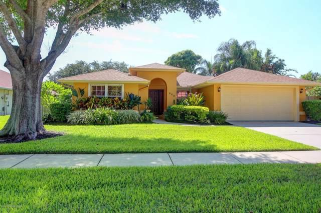 940 Pelican Lane, Rockledge, FL 32955 (MLS #879629) :: Premier Home Experts