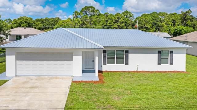 2194 Emerson Drive SE, Palm Bay, FL 32909 (MLS #879871) :: Armel Real Estate
