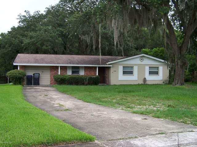1303 Lark Court, Titusville, FL 32780 (MLS #880207) :: Premium Properties Real Estate Services